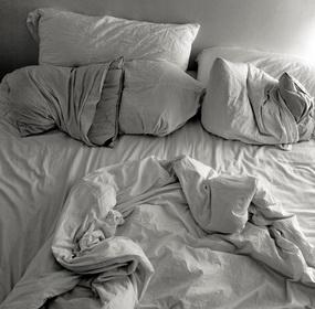 Ágyneműtartó az ágyneműnek?!