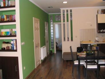 55 nm-es lakás felújítása, étkező, konyha (fotók)
