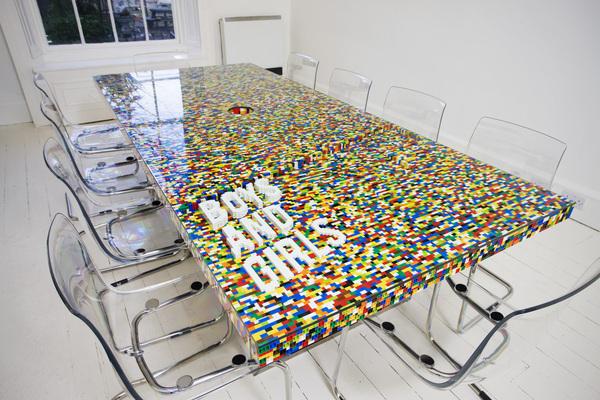 Lego tárgyaló asztal